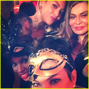 Beyonce & Jay Z Celebrate Her Mom Tina's 60th Birthday!