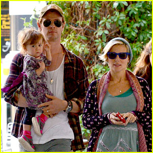 Chris Hemsworth: True Food Lunch with Elsa Pataky & India!