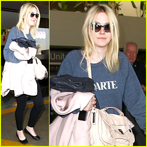 Dakota Fanning Ends January with Casual LAX Airport Landing!