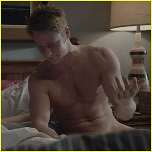 Jake McDorman: Fully Naked for 'Shameless' Season Four!
