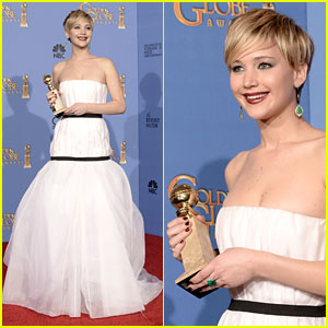 Jennifer Lawrence Shows Off Her Golden Globe in Press Room! (Photos)
