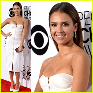 Jessica Alba - People's Choice Awards 2014 Red Carpet