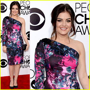 Lucy Hale - People's Choice Awards 2014 Red Carpet