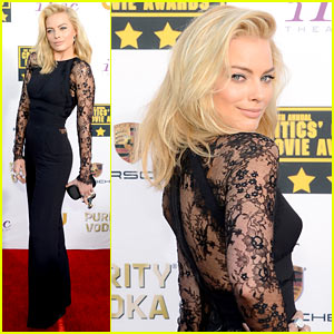 Margot Robbie - Critics' Choice Movie Awards 2014 Red Carpet