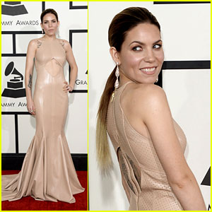 Skylar Grey - Grammys 2014 Red Carpet