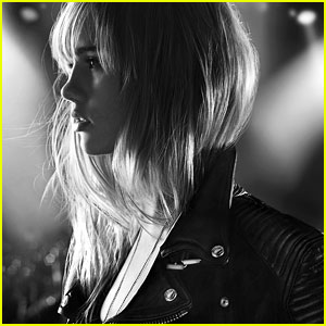 Suki Waterhouse Goes Rock 'N Roll for Burberry Brit Rhythm!