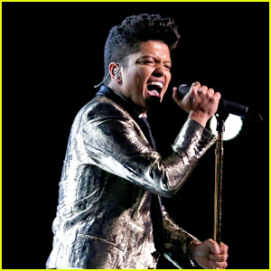 Bruno Mars: Super Bowl Halftime Show 2014 (Video) - WATCH NOW!