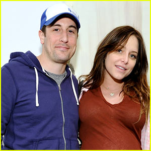 Jason Biggs Announces Birth of Baby Boy via Instagram Video from Delivery Room!