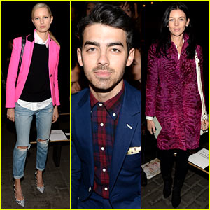 Karolina Kurkova & Joe Jonas: Rag & Bone Fashion Show!
