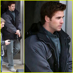 Liam Hemsworth Continues 'Mockingjay' Filming After Philip Seymour Hoffman's Death