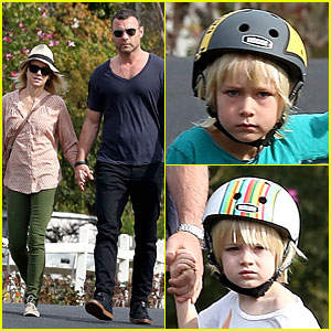 Naomi Watts & Liev Schreiber Hold Hands For Post Valentine's Day Date with the Boys!