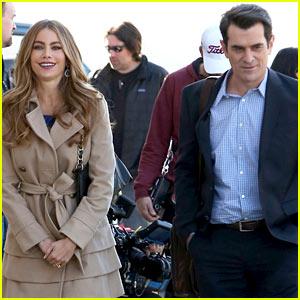 Sofia Vergara & Ty Burrell Film Gloria & Phil 'Modern Family' Scenes