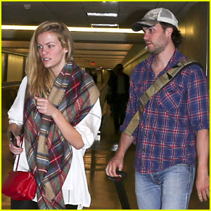 Brooklyn Decker & Taylor Kitsch: 'Battleship' Reunion at LAX!