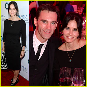 Courteney Cox & Boyfriend Johnny McDaid Look So in Love!