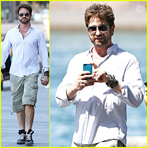 Gerard Butler Crashes a Bachelorette Party in Australia