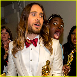 Lupita Nyong'o Photobombs Jared Leto & It's Absolutely Amazing