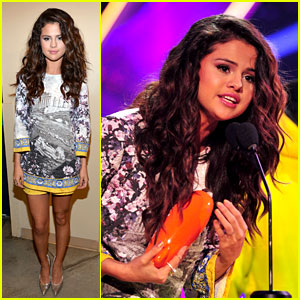 Selena Gomez WINS Favorite Female Singer at Kids' Choice Awards 2014!