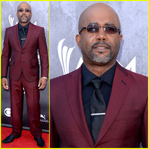 Nominee & Performer Darius Rucker 'Pumped' at ACM Awards 2014!
