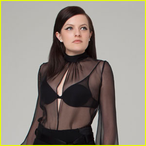 Mad Men's Elisabeth Moss Shows Off Black Bra in Sexy Top in 'Bello'!