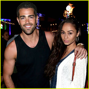 Jesse Metcalfe & Cara Santana Couple Up at the Neon Carnival!
