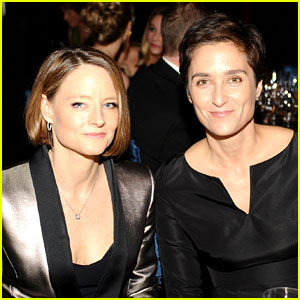 Jodie Foster: Married to Girlfriend Alexandra Hediso
