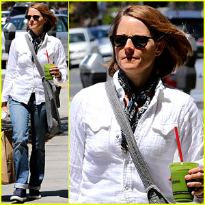 Jodie Foster Steps Out After Her Surprise Weekend Wedding!