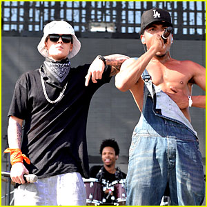 Justin Bieber Surprises Coachella Crowd with Chance The Rapper! (Video)