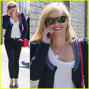 Reese Witherspoon is All About Peeps in Her Easter Baskets!