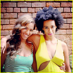 Beyonce Shares New Happy Photo with Sister Solange Knowles!
