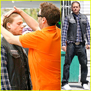 Charlie Hunnam Gets All Made Up o