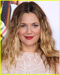 Drew Barrymore Shows Off Her Natural Beauty in Makeup Free Selfie