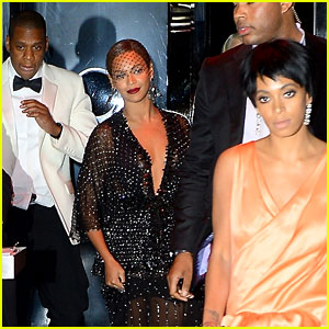 Jay Z Leaves in Separate Car After Solange Knowles Attack