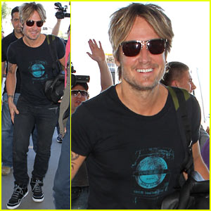 Keith Urban Performs 'Good Thing' on 'American Idol' - Watch Now!
