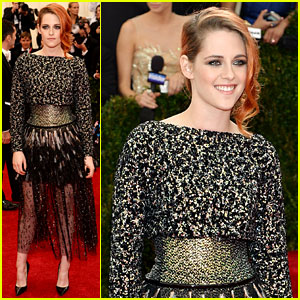 Kristen Stewart Represents Chanel on Met Ball 2014 Red Carpet
