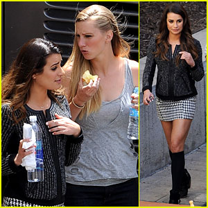 Lea Michele & Heather Morris Hang Out on 'Glee' Finale Set!