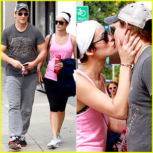 Peter Facinelli & Jaimie Alexander Kiss Goodbye After Workout