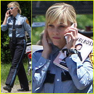 Reese Witherspoon is a 'Girlboss' Filming 'Don't Mess with Texas'!