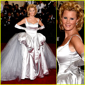 Sandra Lee at the MET Ball - White, Poofy and Tulle All Over!