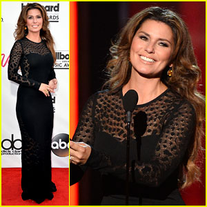 Shania Twain Looks Ageless at Billboard Music Awards 2014!