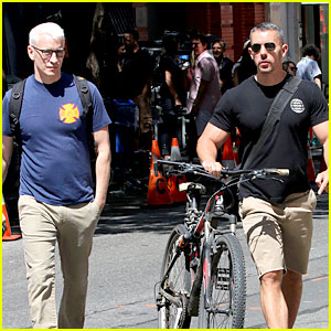 Anderson Cooper Steps Out with Boyfriend After Giggling Through Vagina Segment