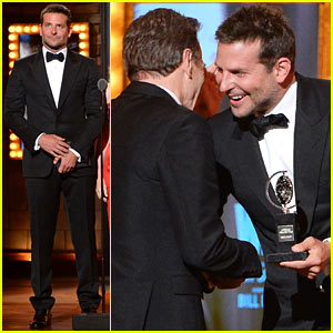 Bradley Cooper Presents Bryan Cranston with His Prize at the Tony Awards 2014!