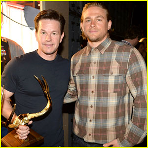 Charlie Hunnam Presents to Mark Wahlberg at Guys' Choice Awards 2014