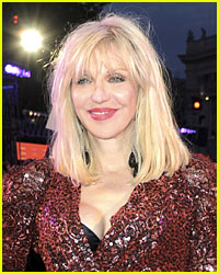 Courtney Love Wants to Make Amends with Foo Fighters' Dave Grohl!