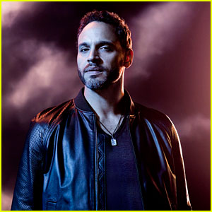 Graceland's Daniel Sunjata Dishes on Briggs' Road to Redemption in Season Two!