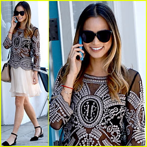 Jamie Chung Dishes on Wedding Details & Wanting Kids with Bryan Greenberg!