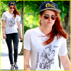 Kristen Stewart Steps Out Solo on Father's Day
