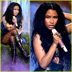 Nicki Minaj Performs 'Pills N Potions' at BET Awards 2014! (Video)
