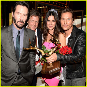 Sandra Bullock Reunites with Her Leading Men at Guys' Choice Awards 2014!
