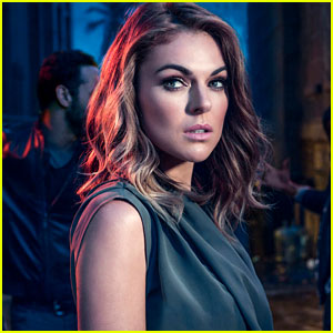 Graceland's Serinda Swan Sheds Light on Paige & Mike's Second Season Relationship