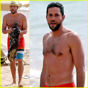 Zachary Levi Goes Shirtless for Hawaii Beach Vacation!